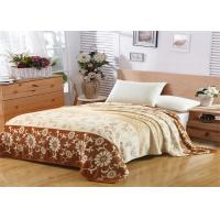 China Floral Pattern Flannel Fleece Blanket Single Layer With Machine Made Fold Border 1cm Technics wholesale