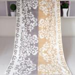 China Rectangular Royal Velvet Cotton Bath Towels Reversible Solid Dyed Dobby wholesale