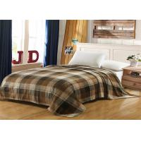 China Brown Checkered Fleece And Flannel Blanket , MOHAP Lightweight Flannel Blanket wholesale